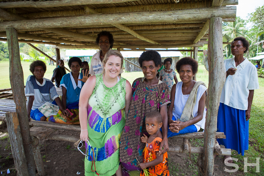 Translator, Village, Papua New Guinea, Bible Translation, Bible, Women, Men, Wycliffe Bible Translators, Ukarumpa, Helicopter